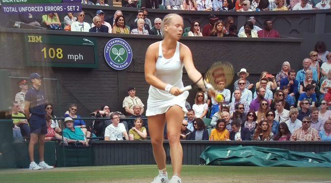 Halep te sterk voor Kiki Bertens op Wimbledon
