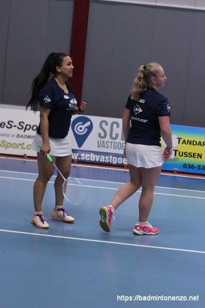 Jessica Huster en Charissa Kuiper