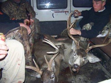 deer-hunting-2008_3267321262_l
