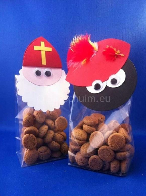 Sinterklaas en zwarte piet pepernotenzakjes