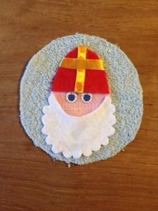 Sinterklaas en zwarte piet slinger_figuurtje sinterklaas