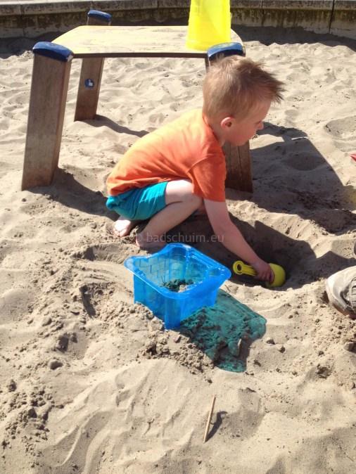 Zandkastelen bouwen I zand scheppen I Creatief lifestyle blog Badschuim