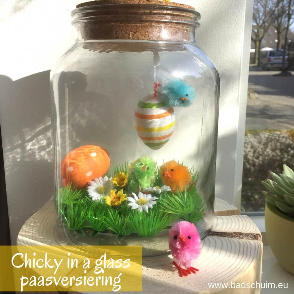 Zoek je nog een leuke en originele manier om je paasversiering in huis te laten zien? Maak dan deze easter chicky ( paas kuikentjes) in a glass! Snel gemaakt en super gezellig!