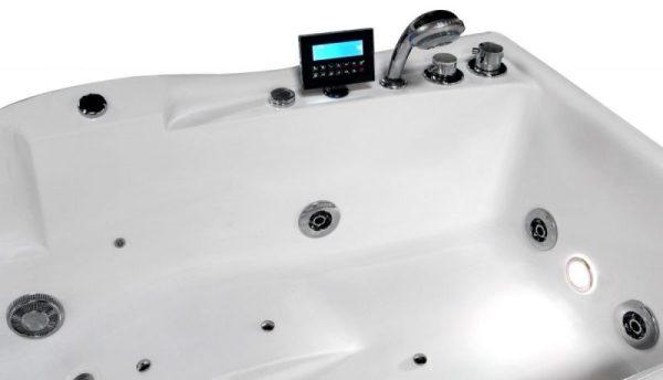massagebadkar blandare