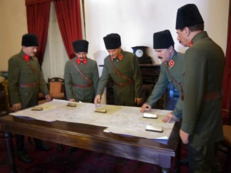 representation of an important meeting Atatürk held in Izmir
