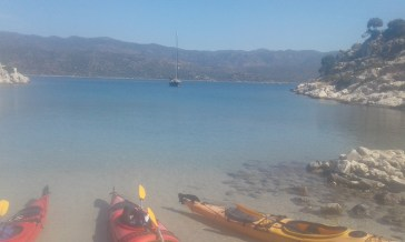 kayaks parked at the first stop on Kekova island, with possibility to swim over some ruins
