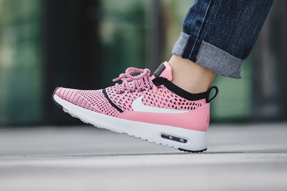 Nike Air Max Thea Flyknit Bright Melon Black White