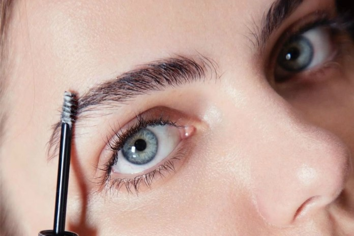 Glossier's Clear Boy Brow Is an Absolute Game-Changer