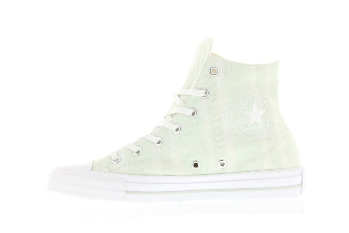 Let the Converse Chuck Taylor Gemma Pack Add Some Light to Your Life