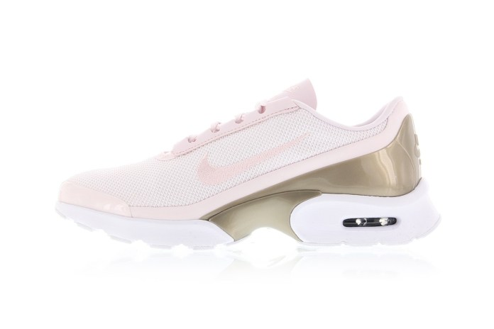 Baby Pink and Gold Are BFFs on the Nike Air Max Jewell Premium