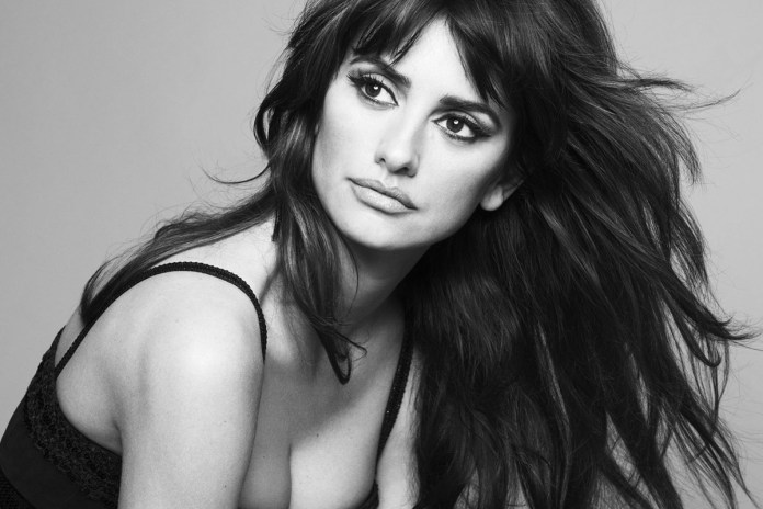 Penelope Cruz Replaces Lady Gaga to Play Donatella Versace in 'American Crime Story'