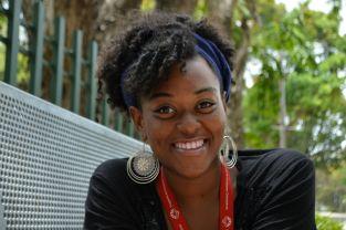 Lorein Simmons, estudiante Facultad Educación ©2016 ChelianyP