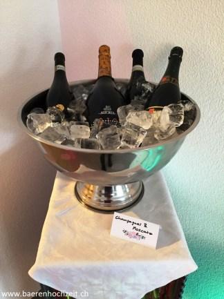Der Champagner steht kalt