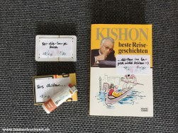 Für die Reise Karten, Buch + Zigaretten