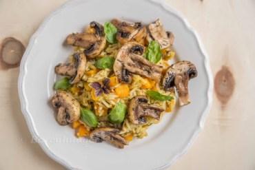 Herbstliches Risotto mit Kürbis, Pilzen und Maroni