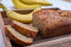 Bananenbrot mit Dinkelmehl und Mandeln