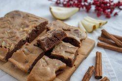 Brownies mit Lebkuchen Käsekuchen und Birnen