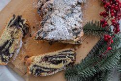 Mohnstriezel mit Lebkuchen Streusel