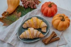 Kürbis Kipferl mit Pumpkin Spice Füllung