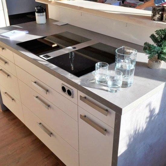 Moderne Küchen: U-Form - Bäumel Gmbh
