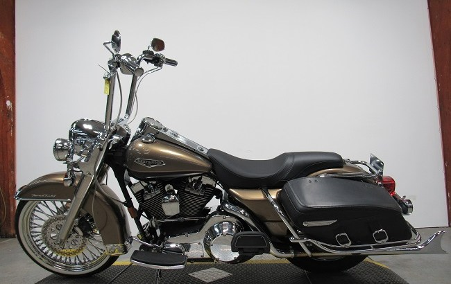 2005 Used Harley Davidson Road King U4342