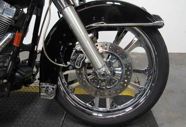 Used-2003-Harley-Electra-Glide-FLHT-U4127-for-sale-in-Michigan-U4791-wheel