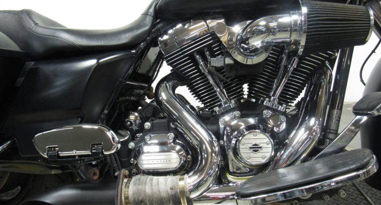 Used-Harley-FLHX-Big-wheeled-bagger-for-sale-in-michigan-U4815-3