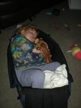 Éowyn asleep in Amélie's cot