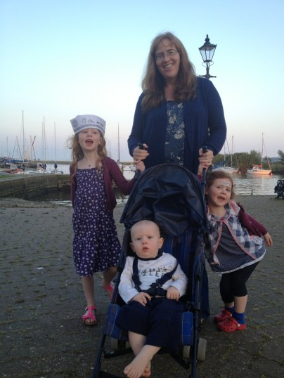 Lucinda and her kids
