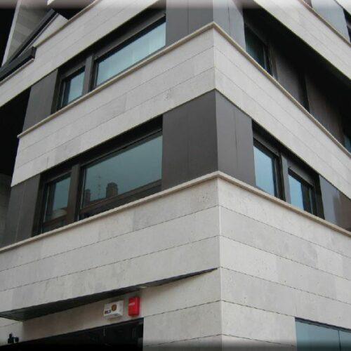 bagiastone-caliza-blanco-duero-edificio