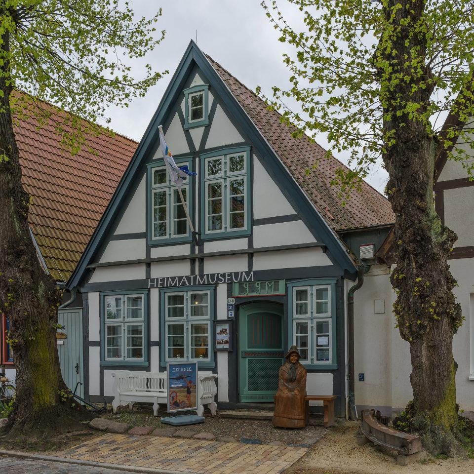 Warnemünde Heimatmuseum, Foto: Wikipedia, A. Savin