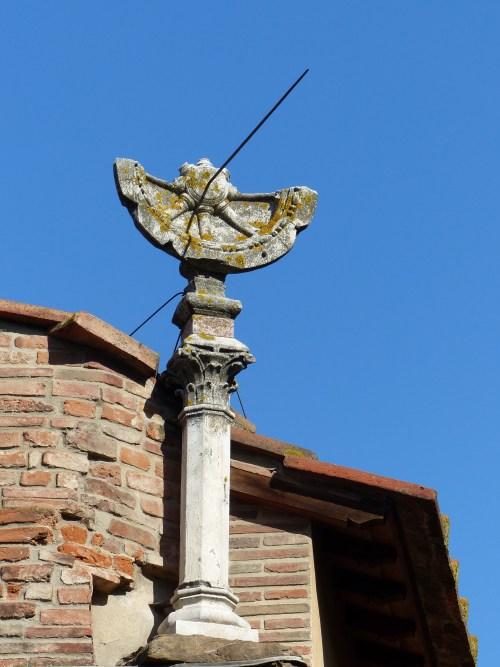 Sundial on the Ponte Vecchio