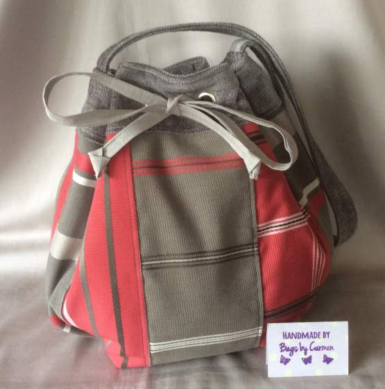 Drawstring grey and red