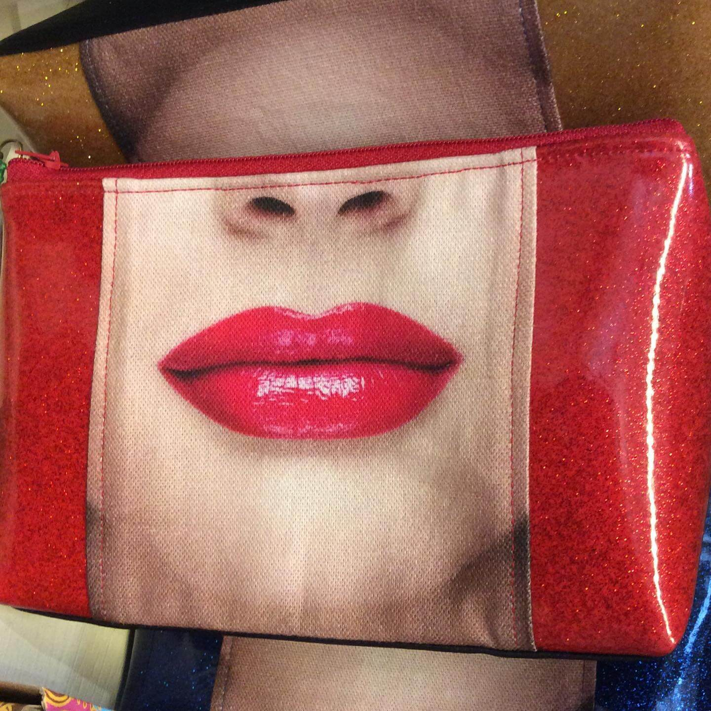 Red Purse with Red Lips