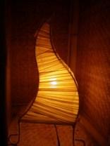 布を巻きつけて表現したランプ