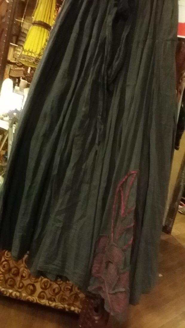 タイコットンスカート刺繍