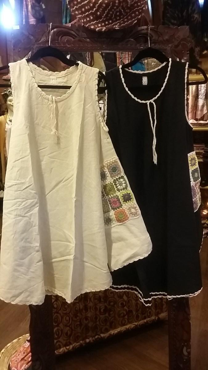 ネパールのフラワーモチーフ(クロシェ)のスカートとワンピース入荷