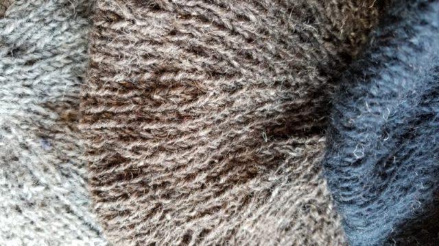手編みのベレー帽