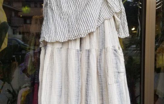 人気のダブルコットンのエスニックファッションコーデ