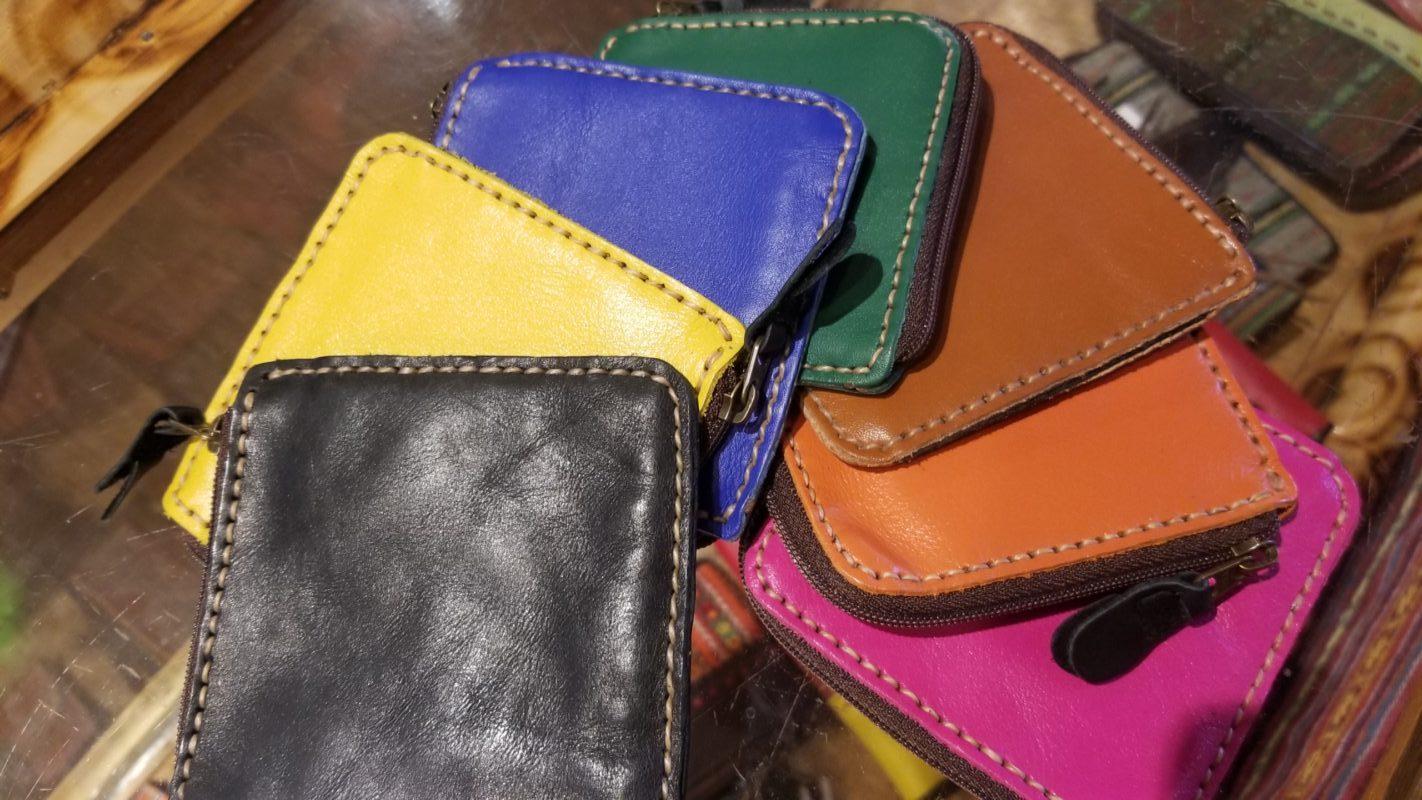 タイで作ってもらった本革のシンプルお財布