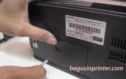 Penutup pembuangan tinta Epson