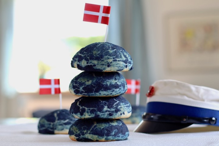 Blå burgerboller blå studenterhue Bagvrk.dk