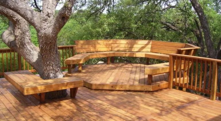 Wooden Deck with Natural Vibes