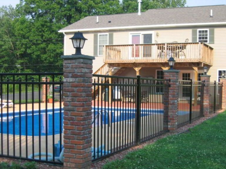 Using Wrought Iron Fencing