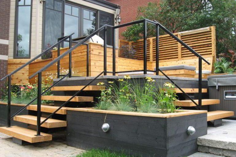 Minimalist Deck Stairs Design