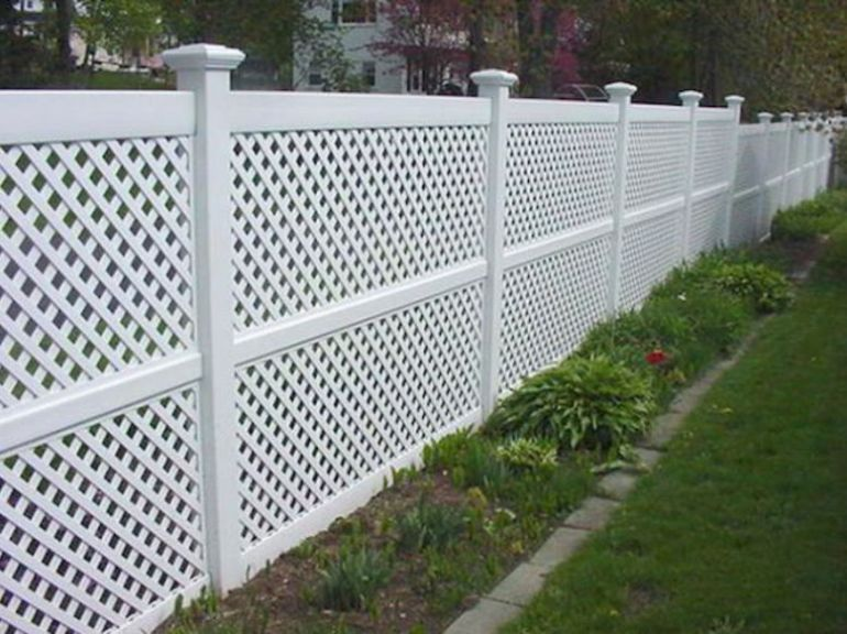 Special Lattice Fence Design