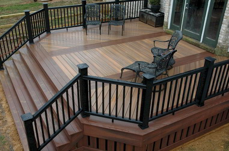 Glamour Crème Backyard Deck