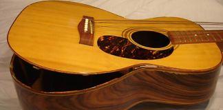 gitar rusak lem buruk