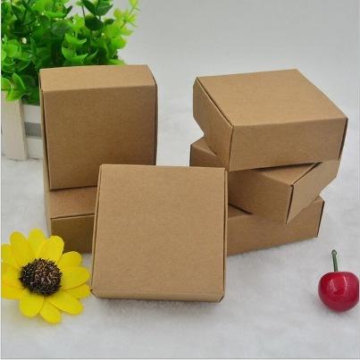 kotak kertas karton