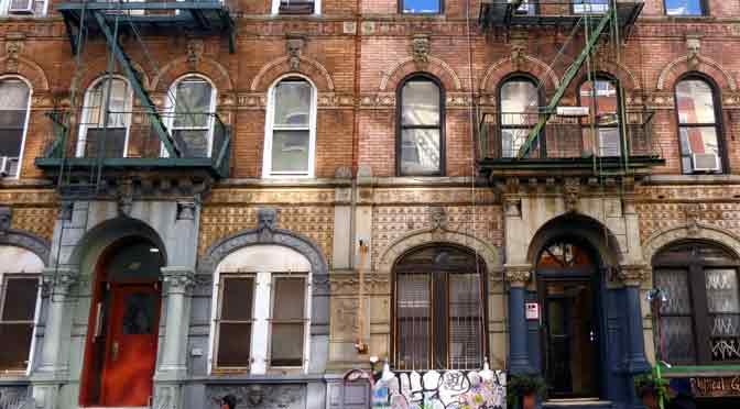 El edificio que suena a Physical Graffiti, de Led Zeppelin